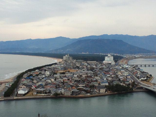 イカと唐津城を攻める!(2) 虹の松原は深い青が神秘的