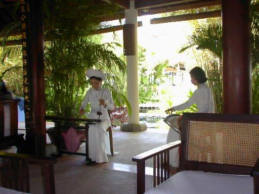 ニャチャン(1) 最高の贅沢 ベトナム屈指のリゾートへ