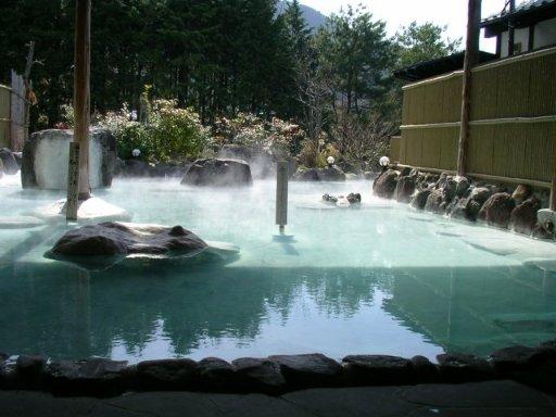 湯布院の温泉と別府の地獄めぐり(3) 入る温泉に見る温泉!?