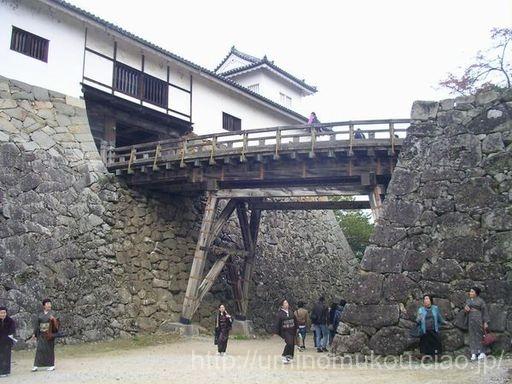 長浜城と小谷城の旅(1) 米原から彦根城へ