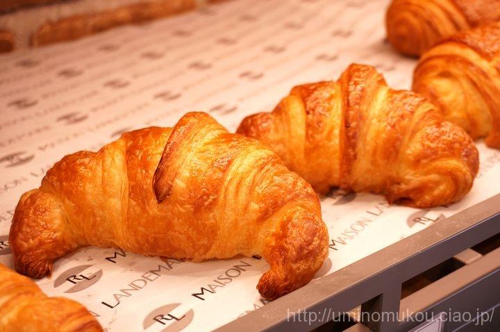 麻布台 メゾン・ランドゥメンヌ(1) 日本初上陸の絶品パンを食べに行く