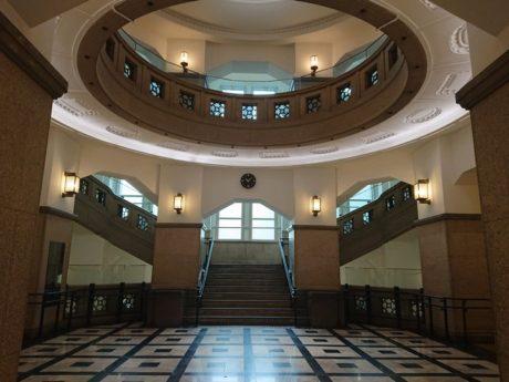 中央ホール