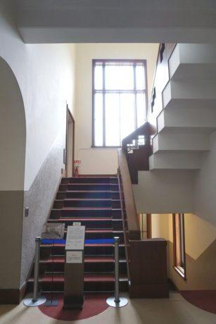 ウィンターガーデンへの階段